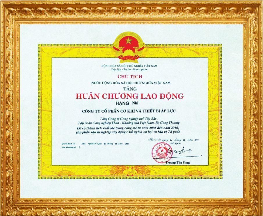 huan-chuong-lao-dong-apluco